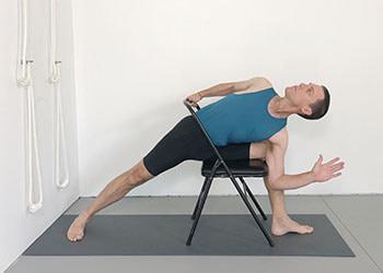 twists  weekly intermediate class 133  yoga selection