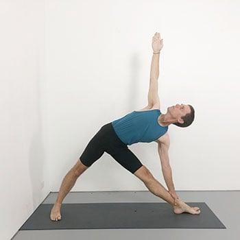 trikonasana beginner iyengar yoga pose